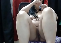 Chubby milf wants to cum with others online