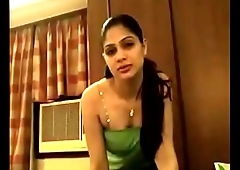 Very Beautiful Delhi girlfriend painful sex clear Hindi voice painful sex in Roo