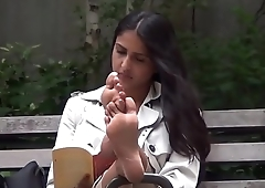 Cams4free.net - Amazingly Hot Candid Latina Feet in Park